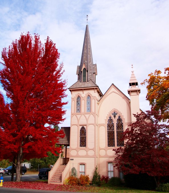 Jacksonville Oregon Church in fall