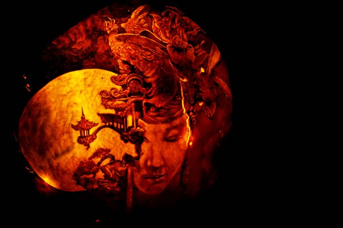Mystical Eastern scene on Pumpkin at Jack-o-Lantern Spectacular