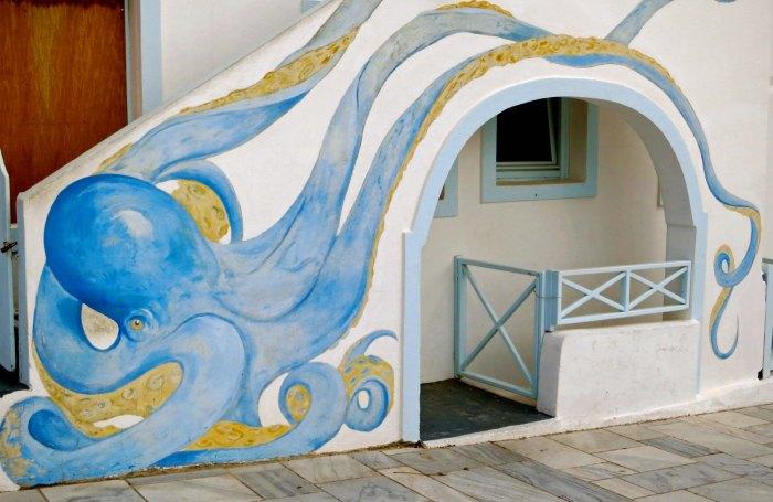 Octupus doorway on Santorini