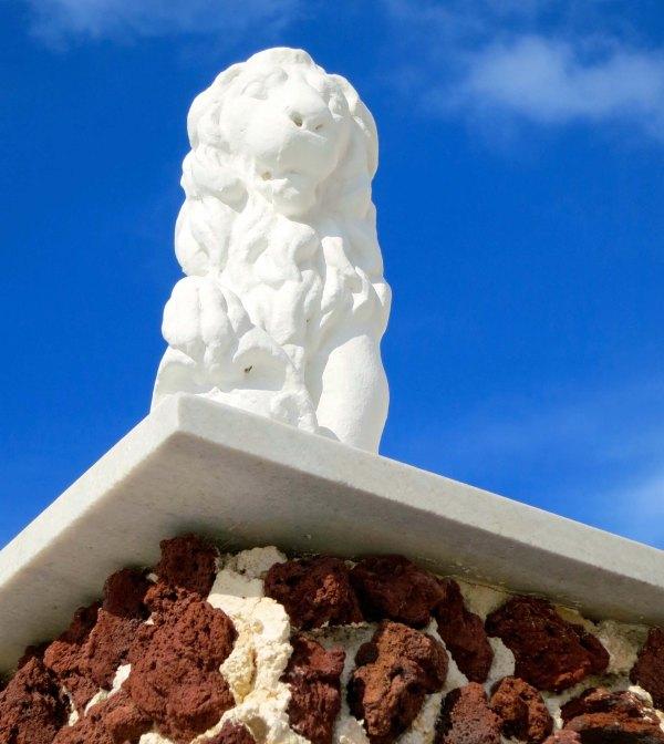 Santorini lion