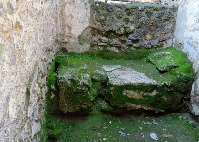 House of Lupenare bed in Pompeii