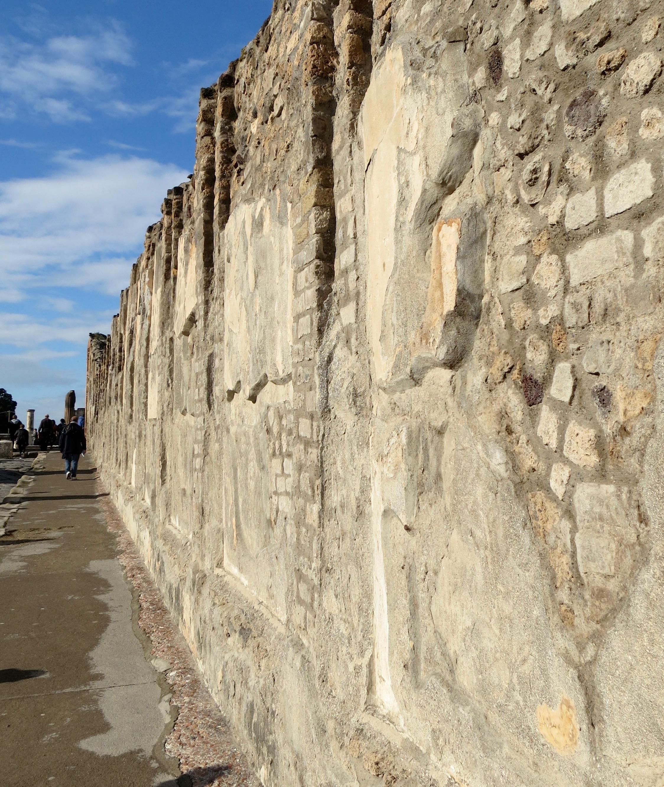 Street scene in Pompeii