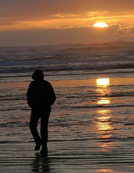 Peggy Mekemson and sunset at Copalis Beach