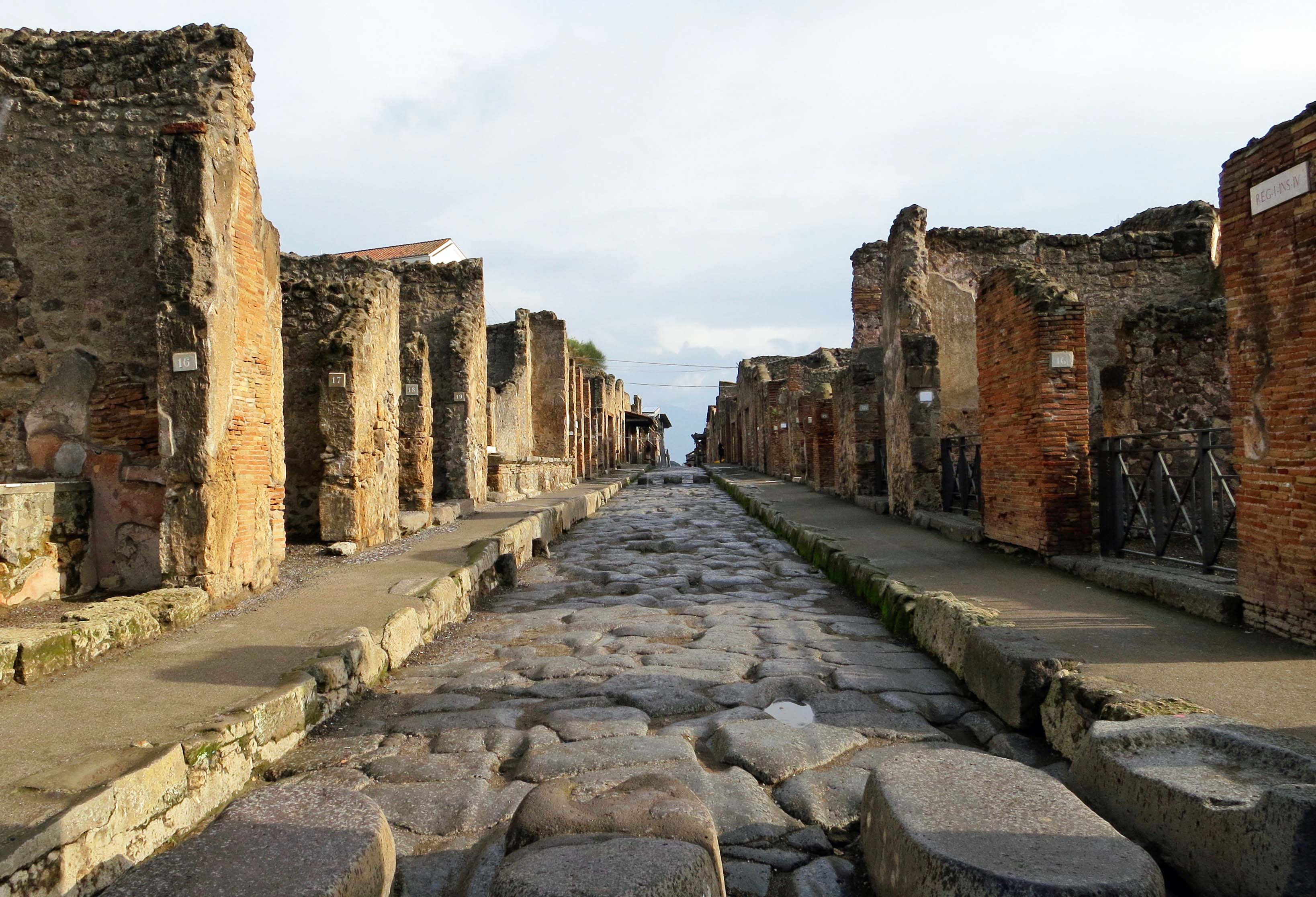 Pompeii street with raised crossing
