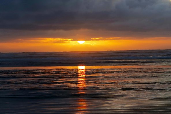 Sunset central coast of state of Washington