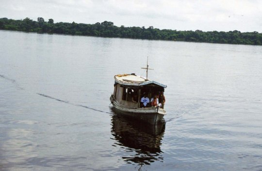 House boat on Amazon