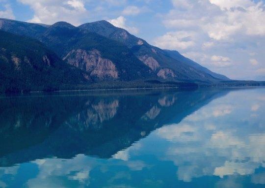 Muncho Lake on the Alaska Highway