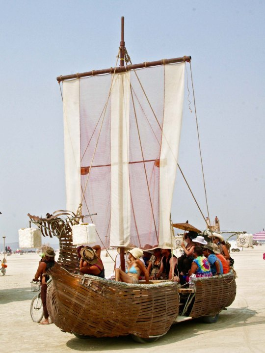 Reed boat mutant vehicle at Burning Man.