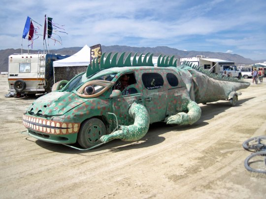 Car dragon mutant vehicle at Burning Man photographed by Tom Lovering.